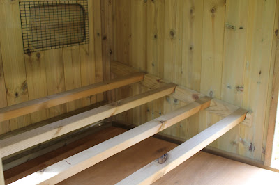 Chicken Coop Perches - Maggie's 24 Hen House