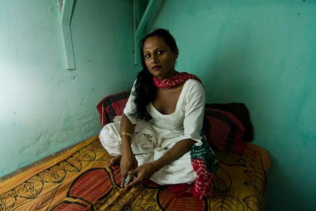 Secrets Dalcve La Castration  Les Hijras  Fin-3951