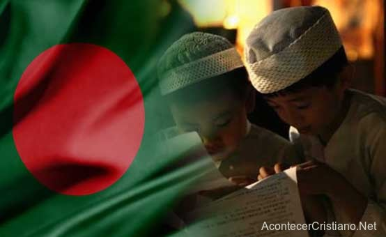 Niños cristianos convertidos al Islam en Bangladesh