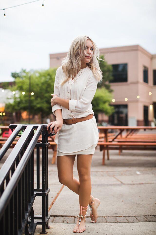 Barefoot Blonde  RagTrends