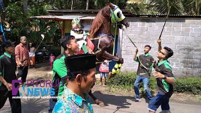 Dua Desa di Kecamatan Pituruh Peringati Hari Besar Islam dengan Pawai Ta'aruf