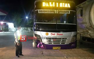 Sopir Bus Dali Prima Yang Tabrak Pengendara Motor Di Baureno Jadi Tersangka