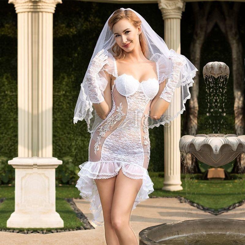 Сексуальное одеяние невесты смотреть фото, трется об брюнетку