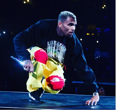 Photo: YouTube rewards Chris Brown with 'Diamond Play Button' after hitting 10million Subscribers