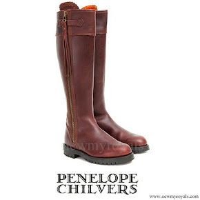 Kate Middleton wore Penelope Chilvers long tassel boot