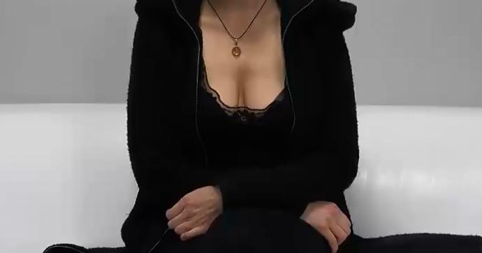 karısını yakalıyor porno