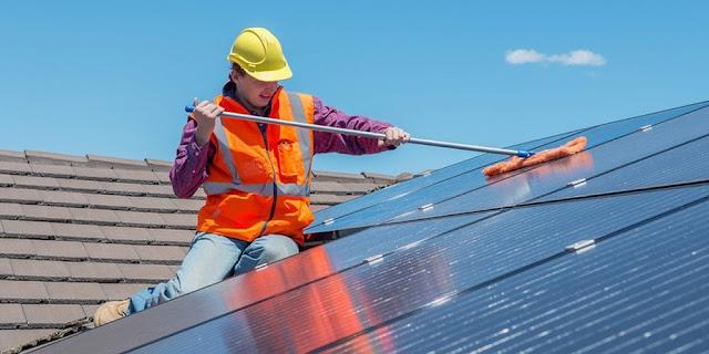 come-pulire-i-pannelli-fotovoltaici-fai da te