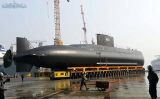 https://2.bp.blogspot.com/-KilNSP58unM/Vu6Be00wTLI/AAAAAAAAENY/R49xgaWcPZsUDf0FVoiRvTHtNgMY6DL_w/s1600/Type_209_1200_Submarine_KRI_Nagabanda_403_DSME_PT_PAL_TNI_AL_Indonesia_2.jpg