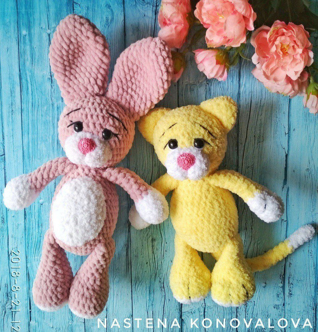 Crochet cat and bunny amigurumi