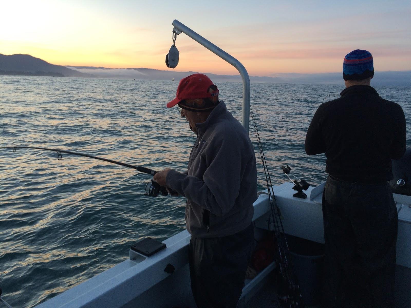 Brookings oregon fishing charters lingcod rockfish for Charter fishing brookings oregon