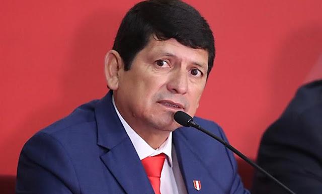 Agustín Lozano Saavedra asumió la presidencia de la Federación Peruana de Fútbol tras detención de Edwin Oviedo