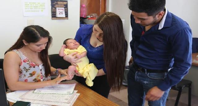 Los hijos podrán llevar primero el apellido materno según aprobación del código civil