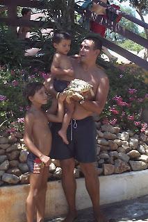 Los niños yo con una tortuga, Aquashow Park.