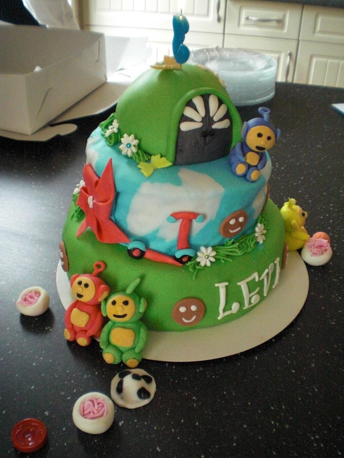 teletubbie taart maken wilma: Teletubbies taart gemaakt door mijn zus teletubbie taart maken