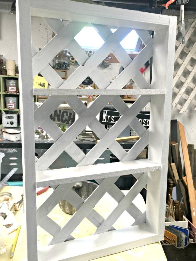 workshop and lattice shelf