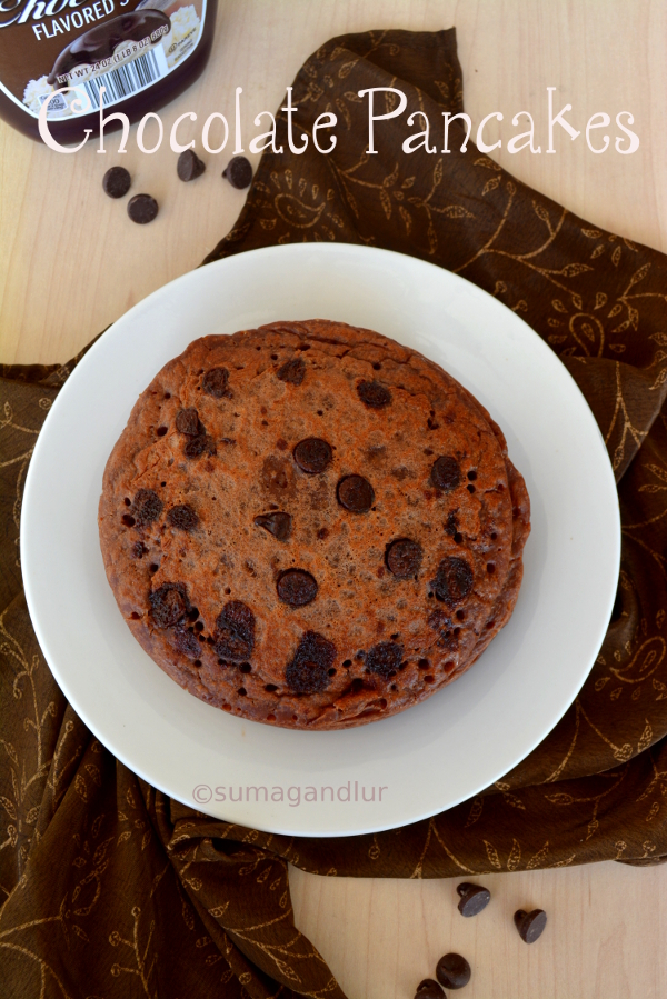 Eggless Chocolate Pancakes