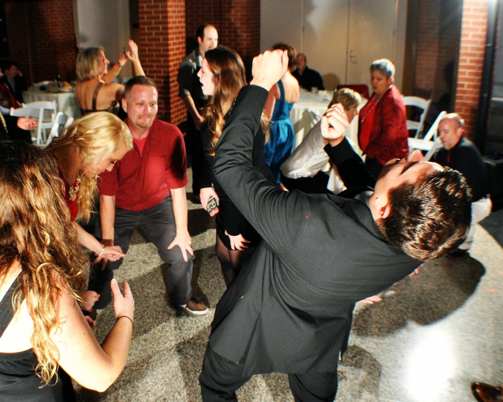 With Class LLC Wedding Coordinators, Wedding Planners, Wedding DJs, Party DJs, Chattanooga DJs, Cleveland DJs, Dalton DJs – IMAX – Chattanooga, TN