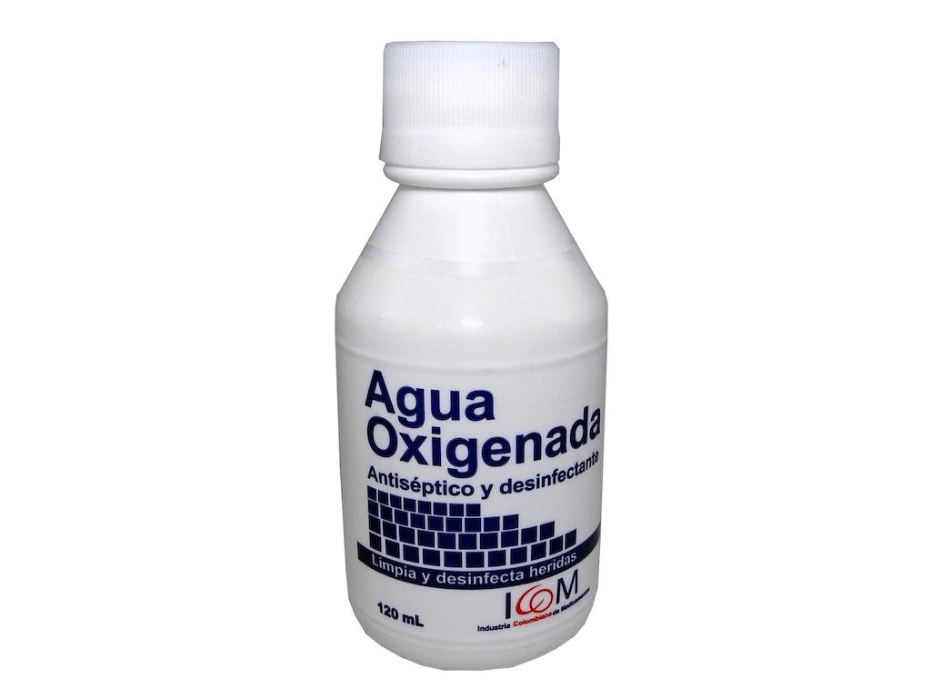 el agua oxigenada sirve para las manchas