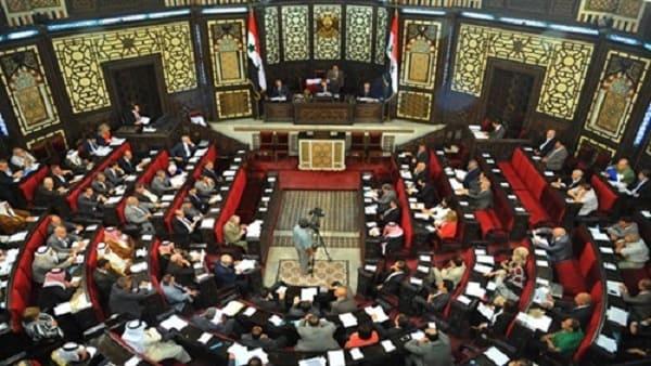 رئيس مجلس الشعب يطالب وزير السياحة بحسومات 50% للنواب بالفنادق طيلة أيام السنة !!