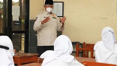 Tinju Pembelajaran Tatap Muka di SMAN 1, Gubernur Banten : Lancar Sesuai Protokol Kesehatan