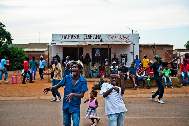 A música do gueto de Joanesburgo é destaque em exposição nas Fábricas de Cultura