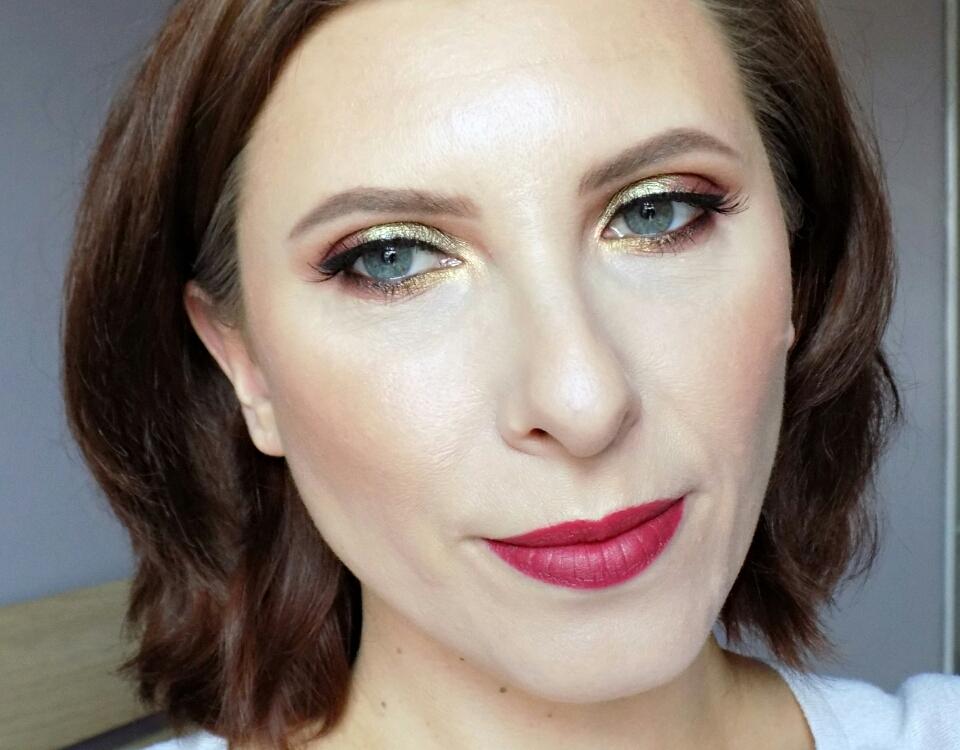 Makeup look: green & burgundy, feat. Makeup Geek eyeshadows