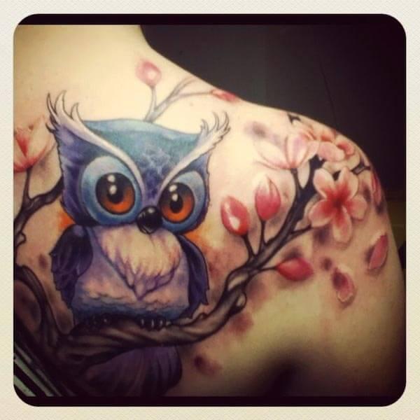 sevimli baykuş dövmesi