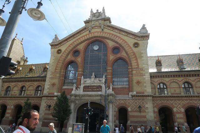markt-hal-budapest