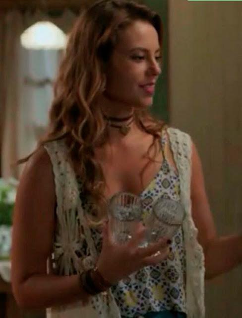 Melissa (Paola Oliveira) figurino nova (segunda) fase Além do Tempo crochê