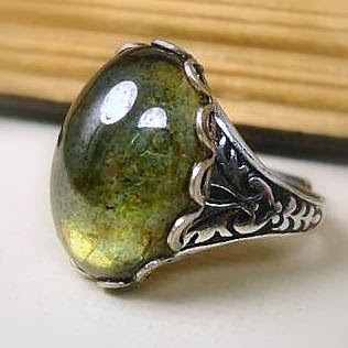 https://www.etsy.com/listing/89079021/victorian-ring-forest-moss-green-luster?ref=favs_view_12