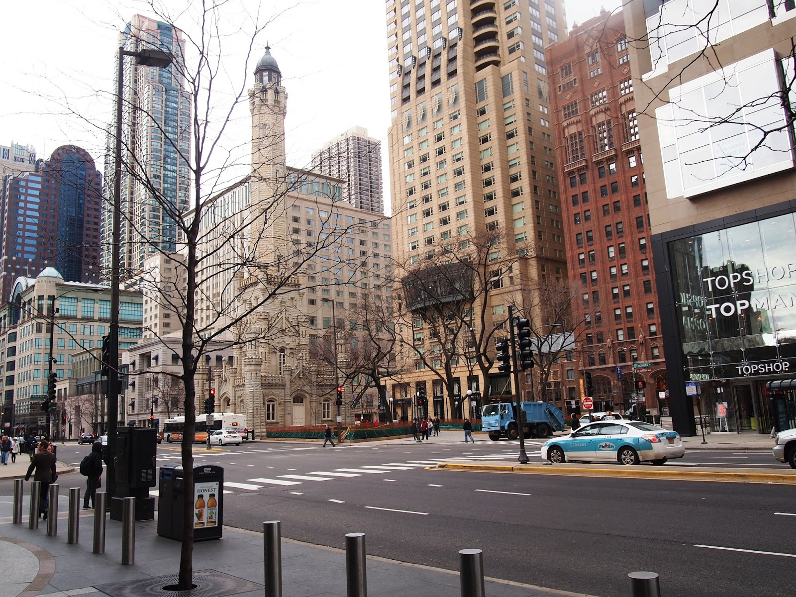 2 reviews of Illinois Center