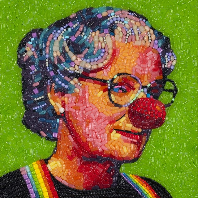 15-Robin-Williams-Mrs-Doubtfire-Jason-Mecier-Paintings-or-Sculptures-in-Portrait-Collage-www-designstack-co