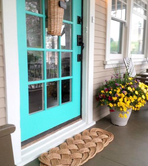 Coastal & Nautical Front Door Ideas