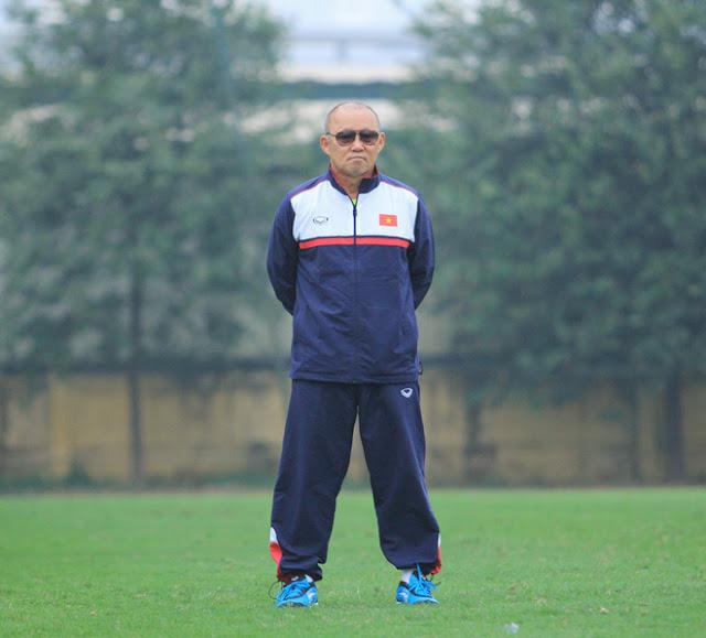HLV Park Hang Seo: 'Ngôi sao K-POP' của bóng đá Việt Nam