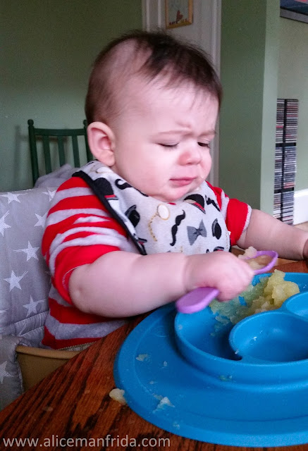 baby, solid food, self feeding, baby led weaning, applesauce