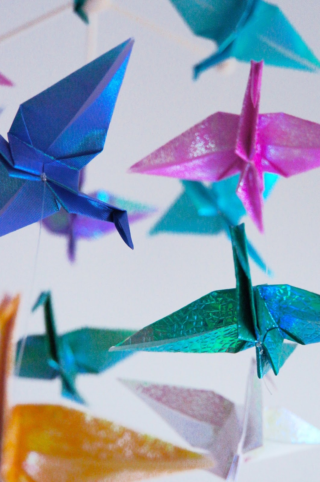 basteln malen kuchen backen origami kraniche mobile. Black Bedroom Furniture Sets. Home Design Ideas
