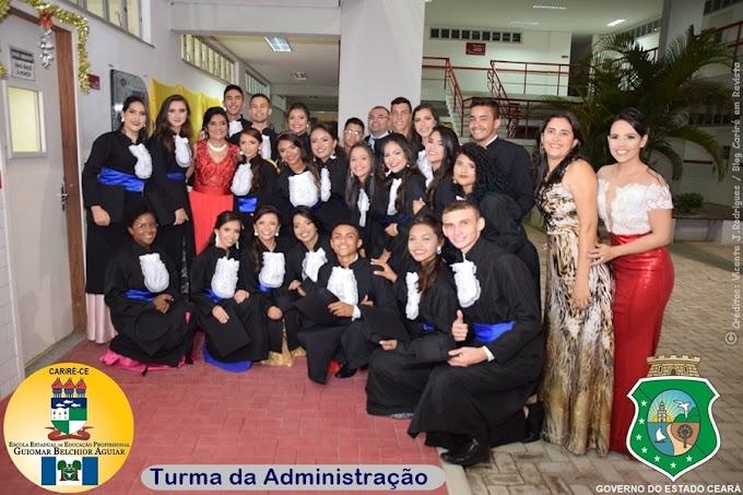 Realizada a solenidade de colação de grau dos formandos em cursos técnicos da EEEP Guiomar Belchior Aguiar de Cariré