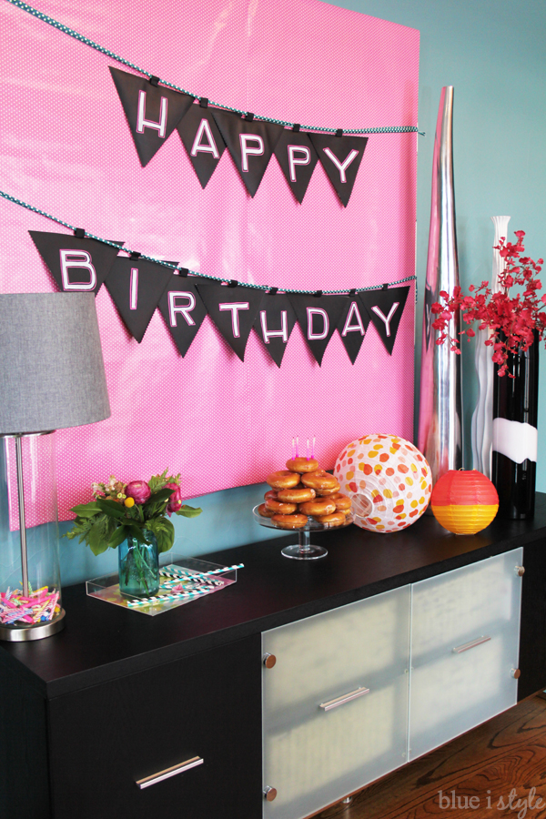 DIY Birthday Banner Ideas - How to Make a Fabric Banner with Chalkboard Fabric