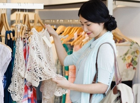 Nguy cơ mắc bệnh ung thư nếu mặc quần áo mới mà chưa giặt sạch