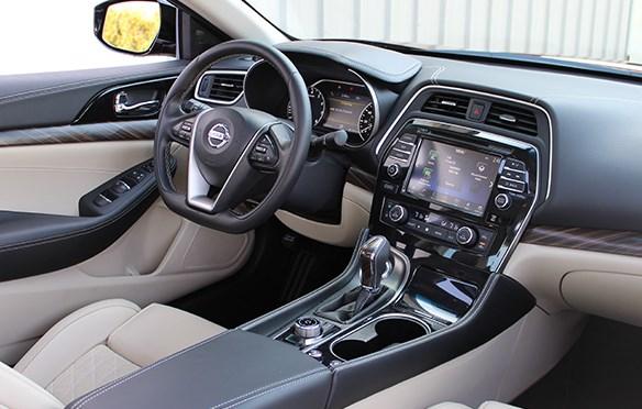 2016 Nissan Maxima Platinum Review