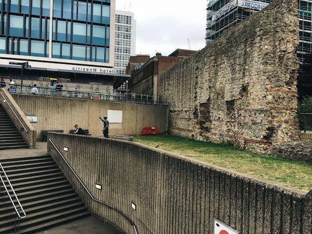 ロンドン・ウォール(London Wall)
