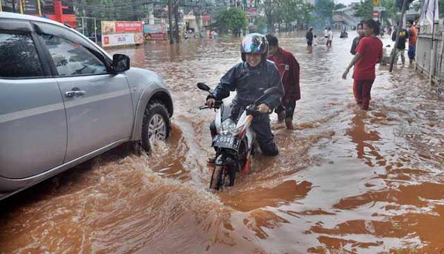 Jakarta Masih Banjir, Ahok Tuding Ada Sabotase