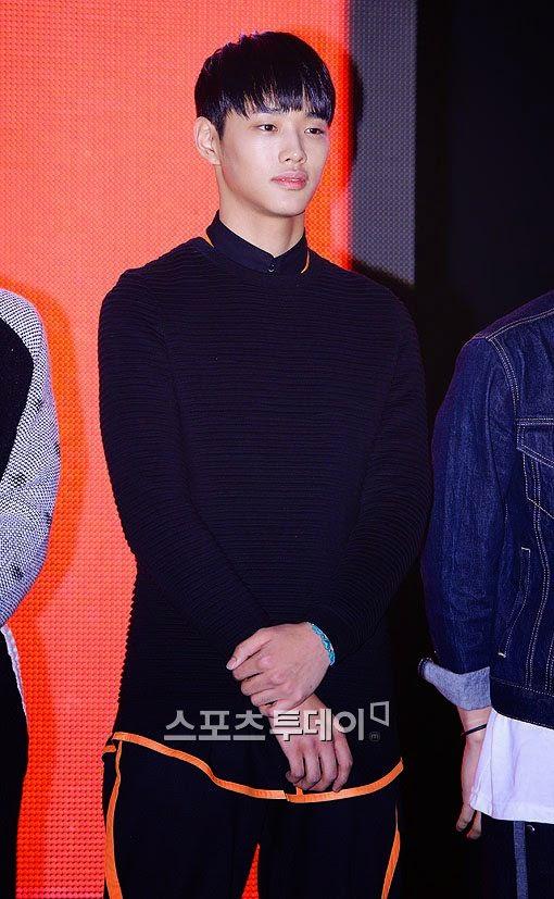 Mix & Match | YG IKON: Jung Jinhyung (Photos)
