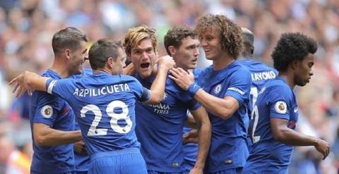 Anh sẽ ở lại để cùng Chelsea tranh vị trí vô địch