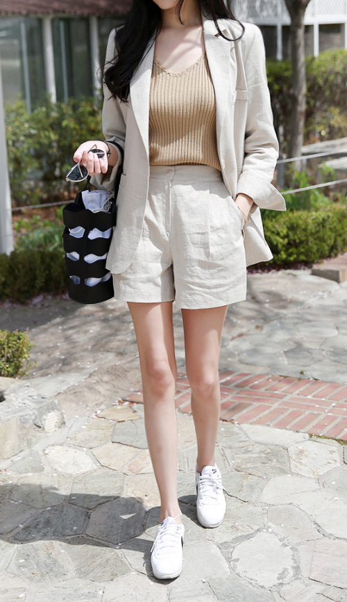 Linen Single-Breasted Jacket And Shorts