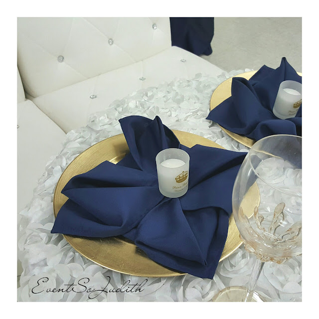 royal prince baby shower, eventsojudith, baby boy baby shower idea,, blue napkin fold, gold chargers
