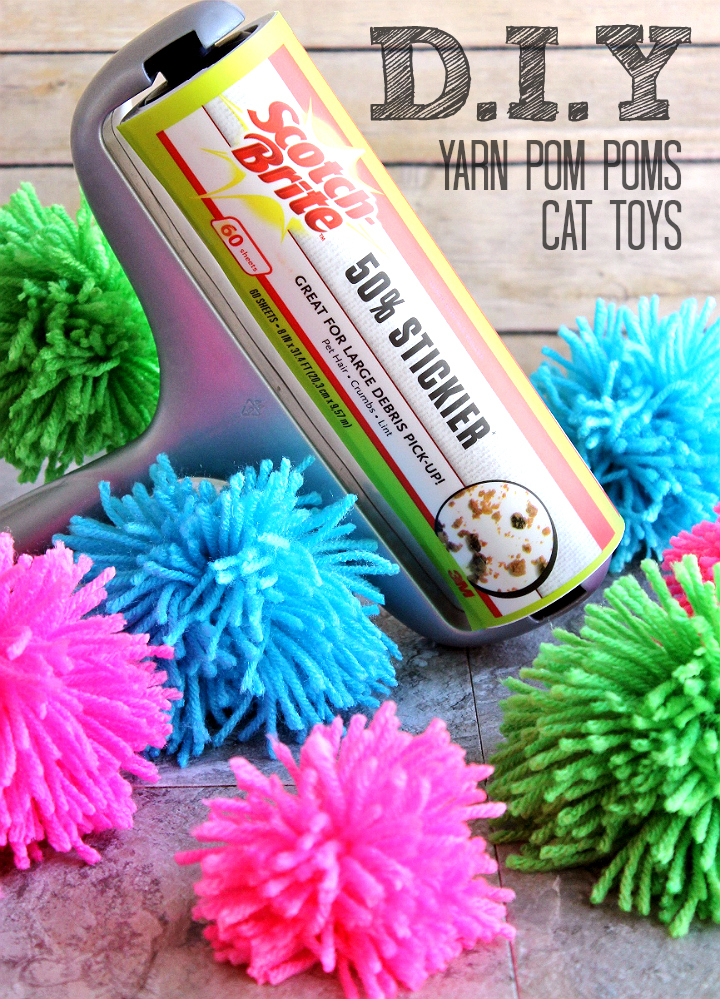 Keep your cats busy, all year round with these D.I.Y cat yarn pom-poms. #RollAwayLint AD