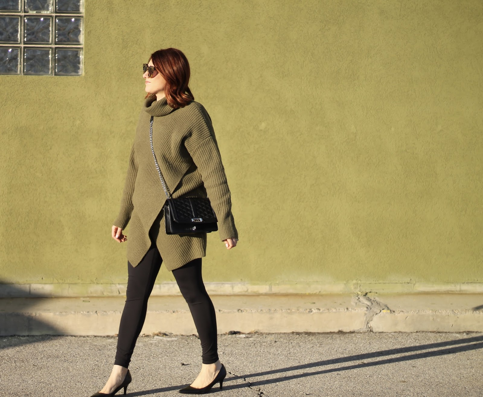 Athleisure outfit, banana republic wrap sweater