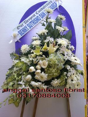 bunga standing flower duka cita