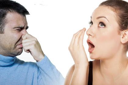 Tips dan Dan Cara Efektif Mengatasi Bau Mulut Tak Sedap